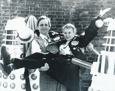 SYLVESTER-McCOY-SOPHIE-ALDRED-UNSIGNED-PHOTO